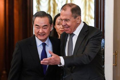 Trung Quốc kêu gọi Nga liên thủ đối phó Mỹ