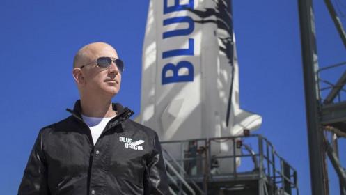 Tỉ phú Amazon sẽ bay vào không gian vào tháng 7
