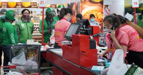 TP.HCM: Quá tải đơn hàng online ở các cửa hàng, siêu thị