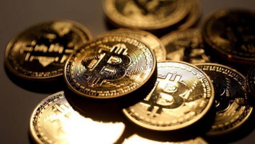 """Tín hiệu kỹ thuật """"Giao cắt tử thần"""" đang hình thành, Bitcoin sẽ giảm giá kéo dài?"""