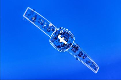 Facebook có kế hoạch sản xuất đồng hồ thông minh đầu tiên của mình vào năm sau