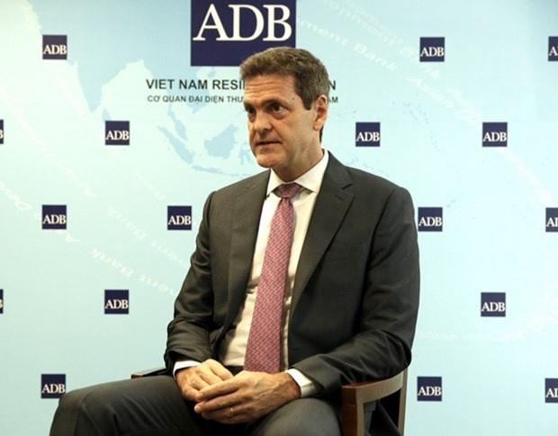 ADB: Việt Nam có thể thực hiện được mục tiêu kép trong năm 2021
