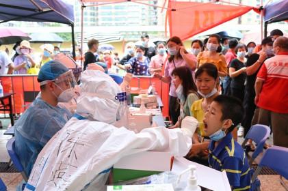 Thêm nhiều ca nhiễm Covid-19 trong cộng đồng ở Trung Quốc, sân bay dừng hoạt động
