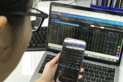 """Giải mã cơn sốt """"bán tháo"""" cổ phiếu quỹ"""