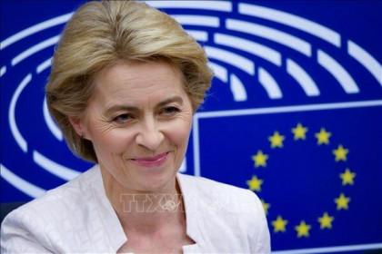 EU cho phép xuất khẩu một phần lớn vaccine COVID-19