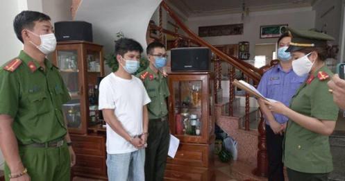 Khởi tố thêm 4 giám đốc trong đường dây đưa chuyên gia 'rởm' vào Việt Nam