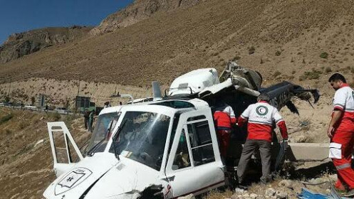 Iran: Rơi máy bay chở thùng phiếu bầu tổng thống, 12 người thương vong