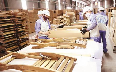 Xuất khẩu gỗ giữ vững mục tiêu