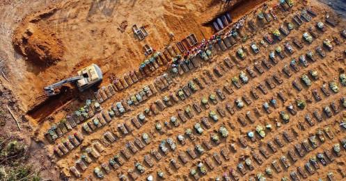 """Người dân """"kén cá chọn canh"""" vắc xin, Brazil nguy cơ thành """"lò ấp"""" biến thể"""