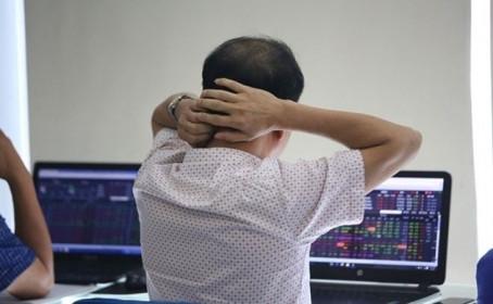 Thị trường chứng khoán: Nhà đầu tư cần thận trọng trong bối cảnh hiện tại