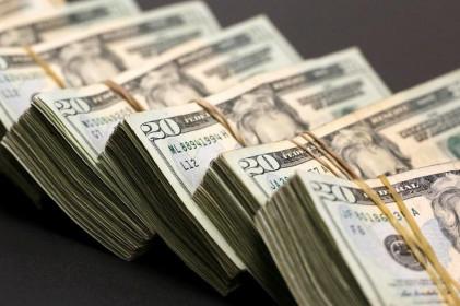 Đồng Đô la tăng giá, nhà đầu tư đón nhận những bình luận trái chiều của Fed về lạm phát