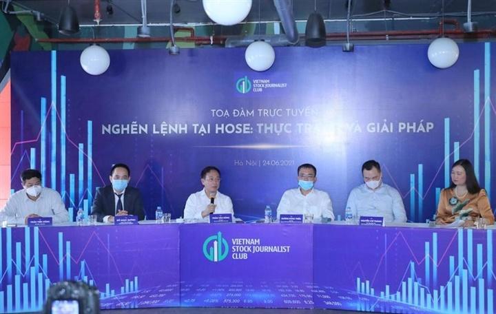 Hệ thống HoSE mới sắp vận hành, ông Lê Hải Trà: 'Cho chúng tôi nợ 1 ngày cụ thể'