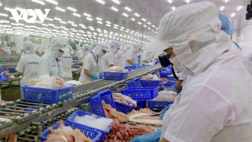 6 tháng, Việt Nam nhập siêu 1,96 tỷ USD