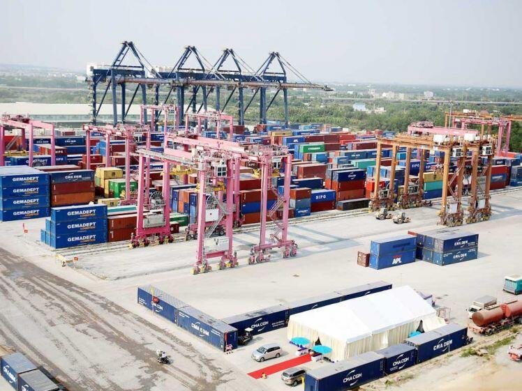 TP.HCM mở cảng, lấy đà tiến biển