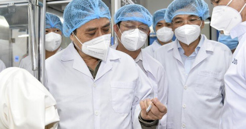 Thủ tướng yêu cầu lập tổ hành động để sản xuất bằng được vắc xin Covid-19 nhanh nhất