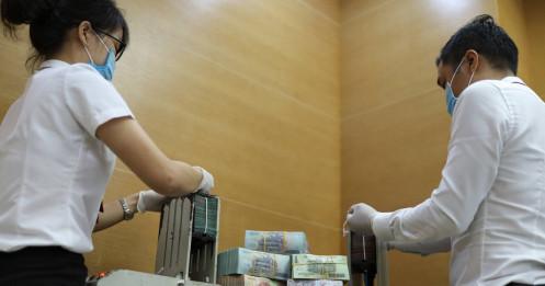 Lãi suất tiền đồng liên ngân hàng tăng