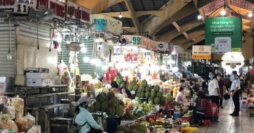 TP HCM: Từ hôm nay, tiểu thương chợ phải ghi họ tên, số điện thoại khách hàng, thời điểm giao dịch...