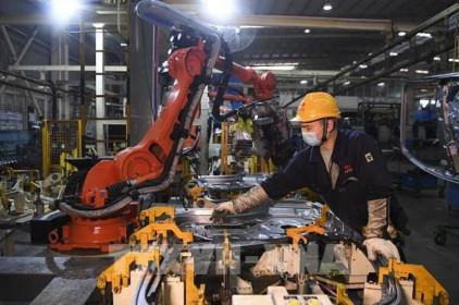 Lợi nhuận ngành công nghiệp của Trung Quốc tăng chậm do giá nguyên liệu cao
