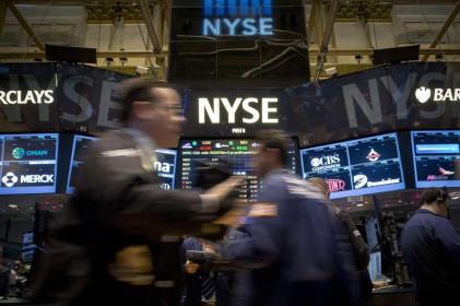 S&P 500, Nasdaq đạt mức cao mới nhờ sự thúc đẩy từ các cổ phiếu công nghệ