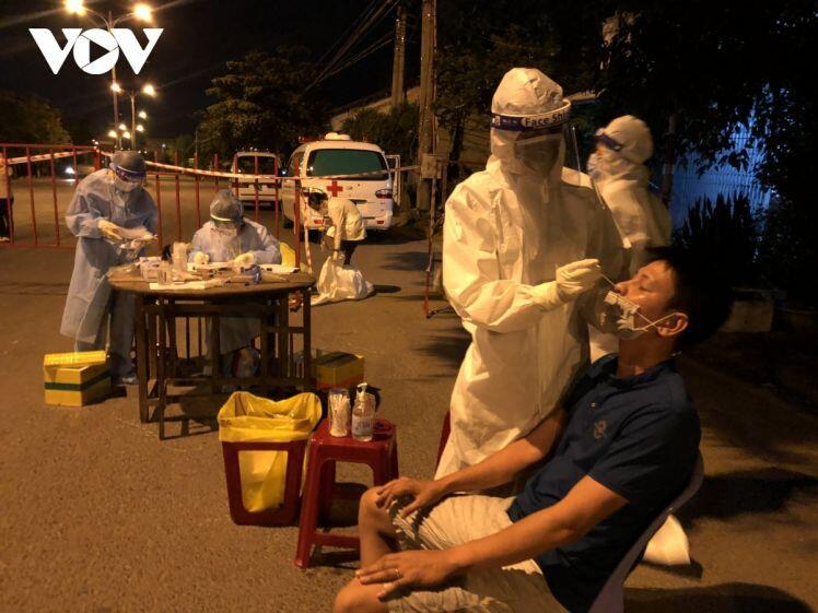 Ghi nhận 20 ca mắc COVID-19 mới, Phú Yên tạm dừng hoạt động một số chợ