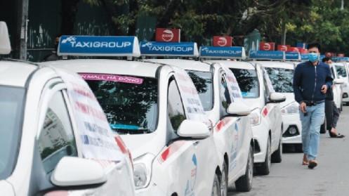 Cấp phù hiệu cho taxi ngoại tỉnh: Kiên quyết thực hiện theo quy hoạch