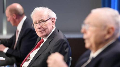 Warren Buffett: Tác động của đại dịch là cực kỳ không đồng đều và vẫn chưa kết thúc
