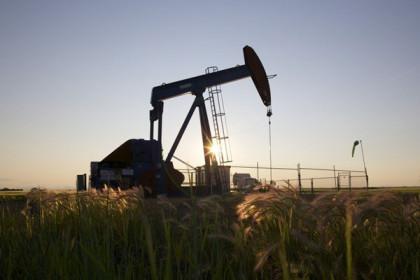 Giá dầu châu Á giảm hơn 1% trong phiên 15/7