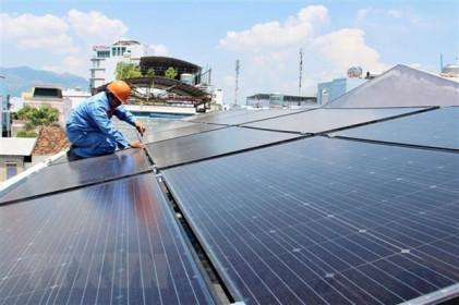 """""""Bát nháo"""" phát triển điện Mặt Trời mái nhà tại Tây Nguyên"""