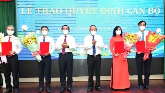 Thủ tướng phê chuẩn chức vụ Chủ tịch UBND TP HCM nhiệm kỳ 2021 - 2026 với ông Nguyễn Thành Phong