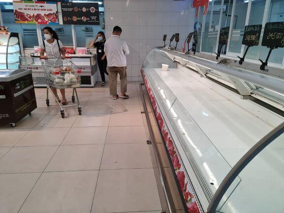 Đủ hàng hóa thiết yếu cho người dân Hà Nội, giá bán không tăng