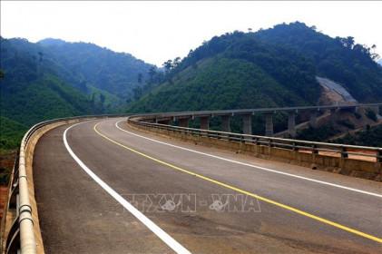 Trao gói thầu gần 1.000 tỷ đồng cao tốc Bắc - Nam đoạn Quốc lộ 45 - Nghi Sơn