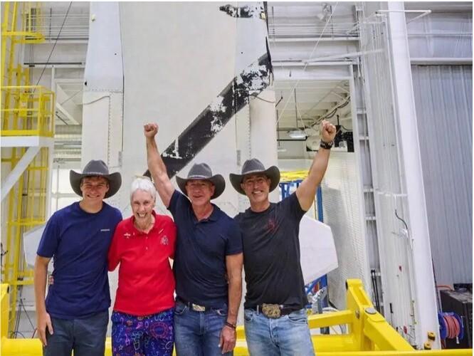 20h30 hôm nay, Jeff Bezos bay vào vũ trụ - tất cả thông tin về chuyến bay của vị tỉ phú