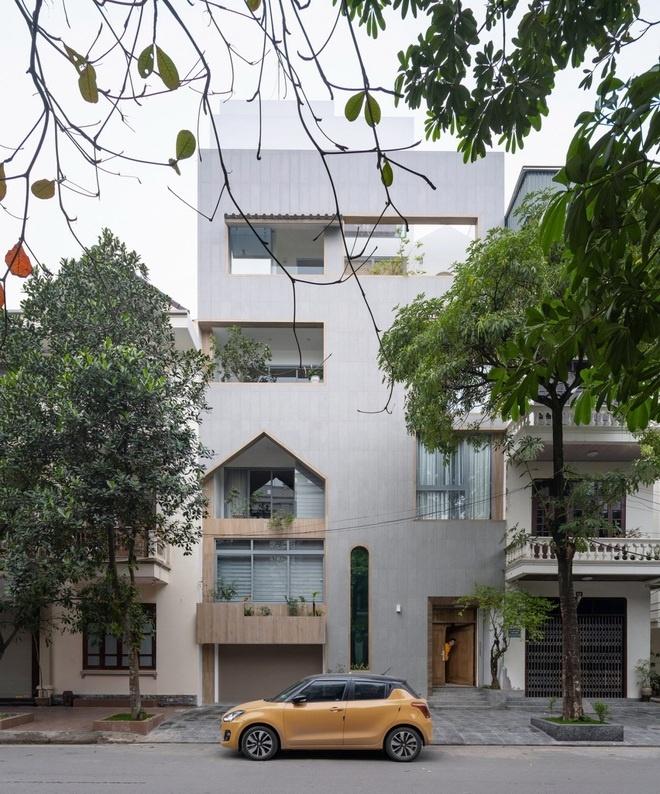 Nhà mặt phố chưa đầy 100 m2 ở Nam Định với nhiều khu vườn lớn nhỏ