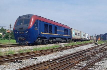 Hành trình tàu chuyên container chạy từ Việt Nam sang Bỉ sẽ khoảng 25 ngày