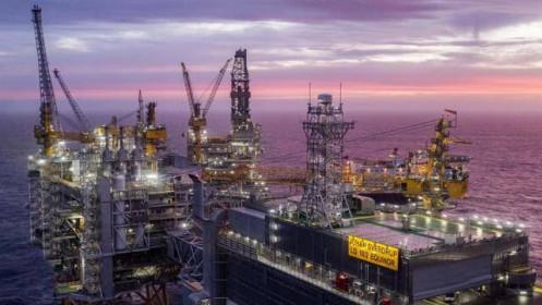 Nhà đầu tư lao vào bắt đáy, giá dầu tăng hơn 4%