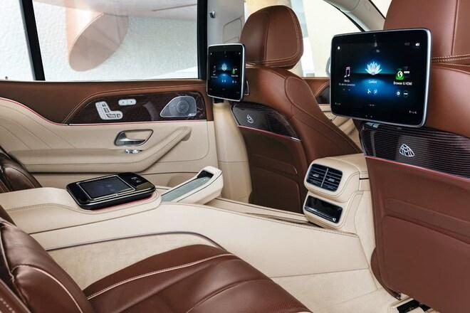 Mercedes Maybach GLS 600 chính hãng có giá bán là 11,5 tỷ đồng