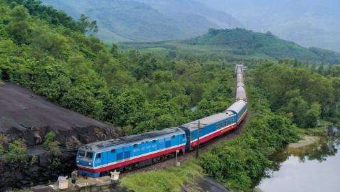 Đường sắt tạm ngừng bán vé cho hành khách đi và đến ga Hà Nội