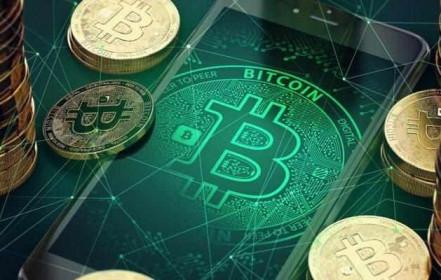 Bitcoin tăng phi mã giữa cơn sốt tiền ảo của người Việt