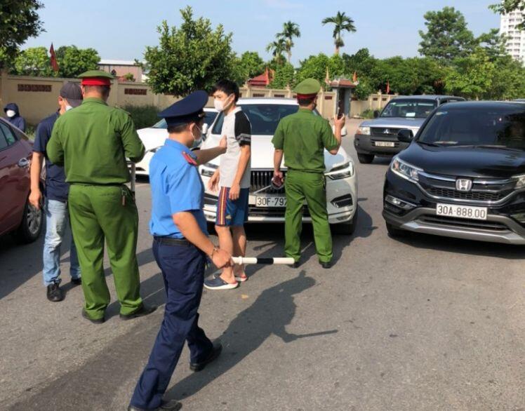 Hà Nội: Phong tỏa chợ đầu mối phía Nam do liên quan đến ca dương tính với SARS-CoV-2