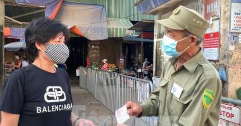 Hà Nội nghiên cứu phát phiếu đi chợ, siêu thị trên toàn thành phố