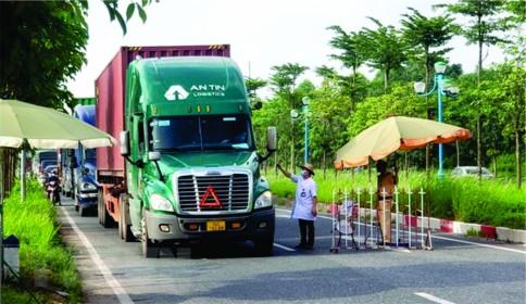 Chính phủ chỉ đạo tháo gỡ khó khăn cho vận chuyển hàng hóa