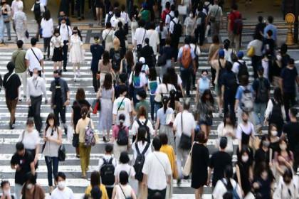 Ca nhiễm Covid-19 tăng kỷ lục, Nhật Bản xem xét mở rộng tình trạng khẩn cấp