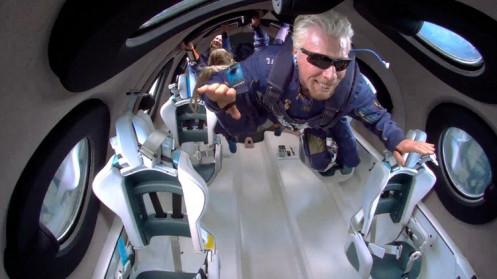 Vé bay vào vũ trụ sẽ có giá 450.000 USD mỗi người