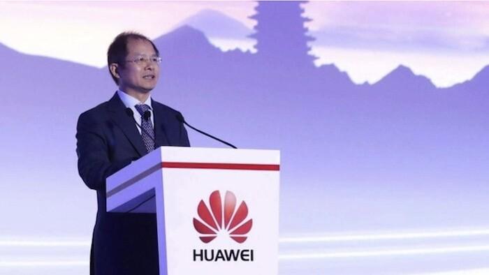 Doanh thu giảm 29%, chủ tịch Huawei cho biết 'mục tiêu lúc này chỉ là tồn tại'