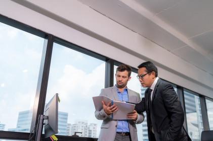 Góc nhìn chuyên gia chứng khoán tuần mới: Cơ hội ở nhóm cổ phiếu dịch vụ tài chính, hóa chất, dầu khí...