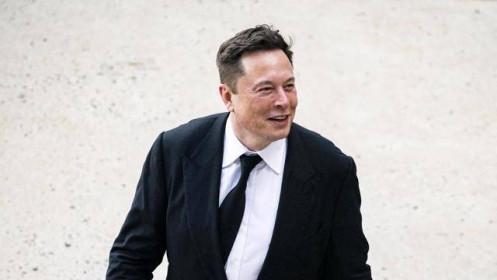 """Lương thưởng của Elon Musk cao gấp hàng chục lần các CEO """"bự"""" ở Mỹ"""