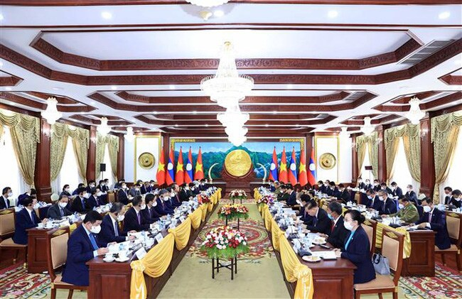 Việt Nam - Lào nhất trí đẩy mạnh hợp tác về kinh tế, thương mại, đầu tư và năng lượng