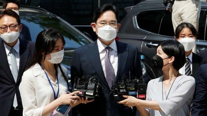 Được ân xá sớm, Thái tử Samsung sẽ giúp kinh tế Hàn Quốc khỏi sa sút?