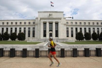 Quan chức Fed khuyến nghị thảo luận về tăng lãi suất