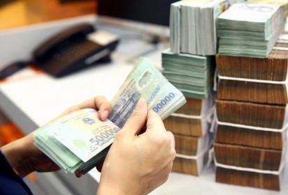 7 tháng đầu năm, thu ngân sách nhà nước đạt kỷ lục 912.100 tỷ đồng, thu xuất nhập khẩu tăng 37,5%